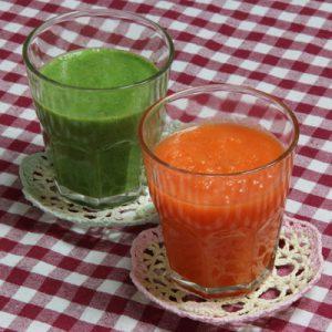 野菜ジュース(小松菜・にんじん)
