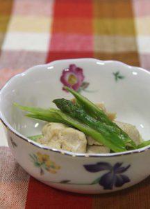 アスパラガスと鶏肉のコンソメ煮