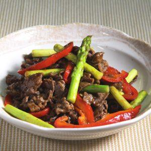 牛肉とアスパラのカレー炒め